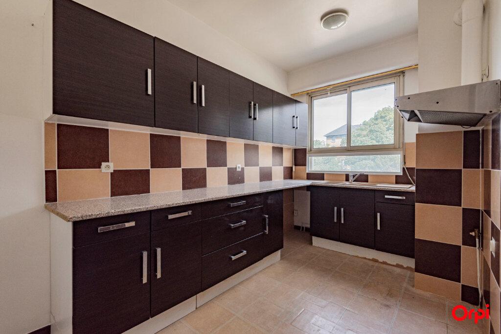 Appartement à louer 5 106m2 à Épernay vignette-5