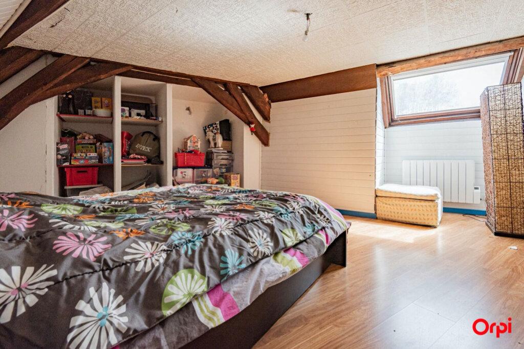 Maison à vendre 6 121.78m2 à Ay vignette-4