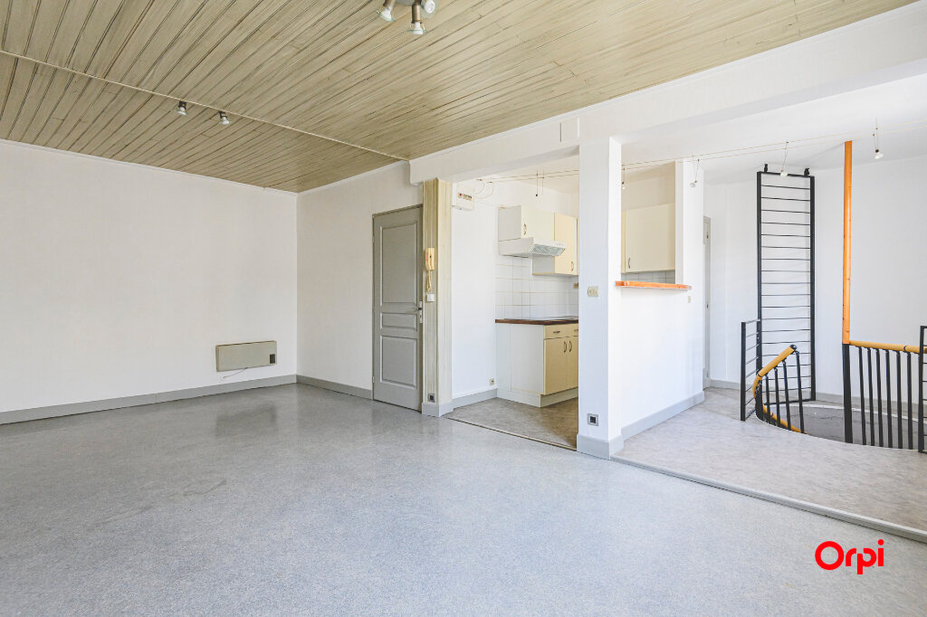 Appartement à louer 2 53m2 à Épernay vignette-2