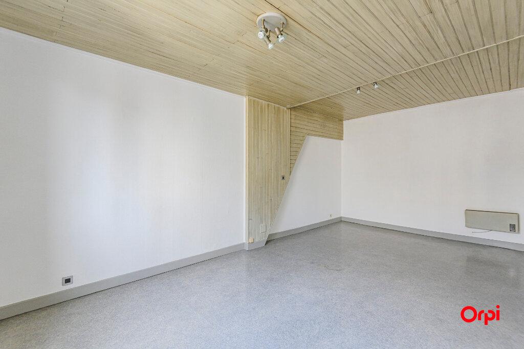 Appartement à louer 2 53m2 à Épernay vignette-4