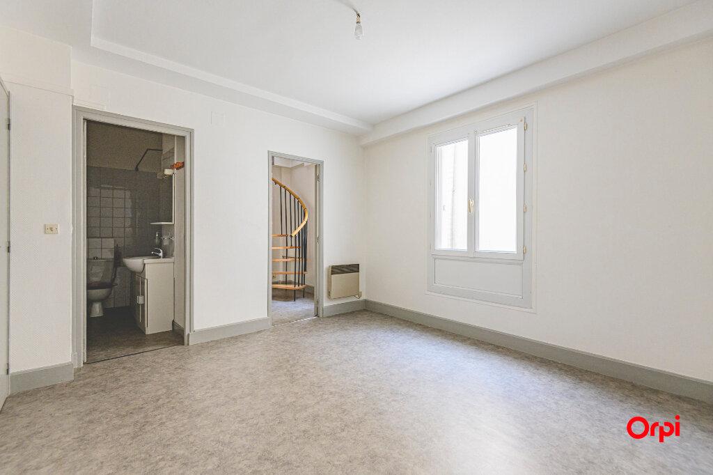 Appartement à louer 2 53m2 à Épernay vignette-11