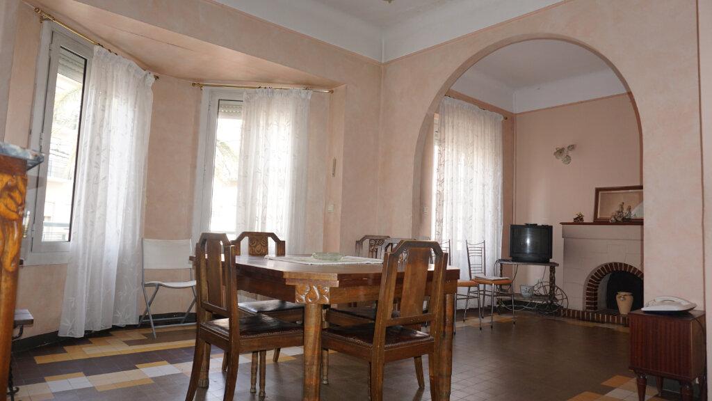 Maison à vendre 5 100m2 à Perpignan vignette-2