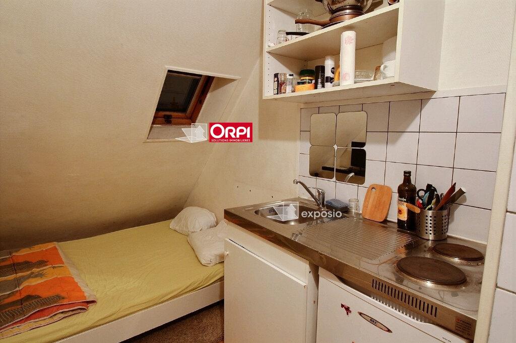 Appartement à vendre 1 8m2 à Paris 17 vignette-2
