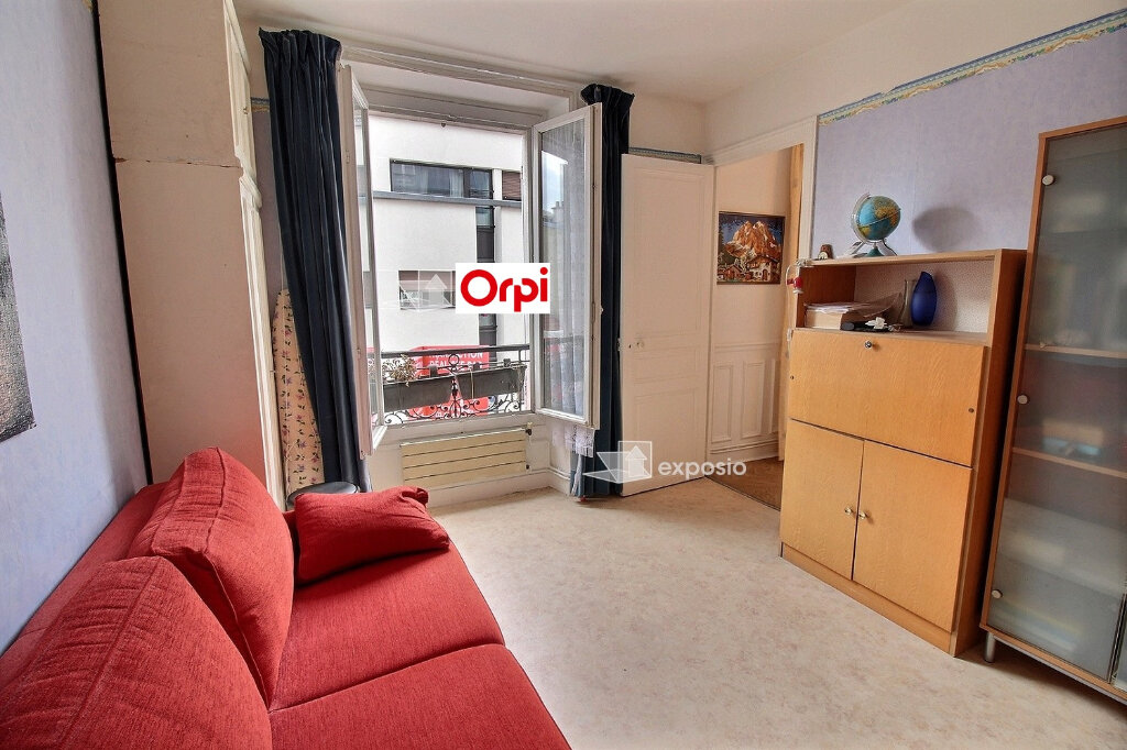 Appartement à vendre 5 75m2 à Paris 18 vignette-3