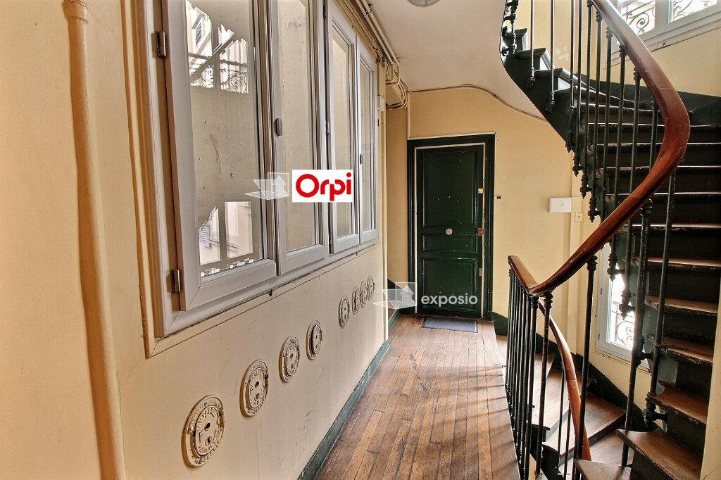 Appartement à vendre 5 75m2 à Paris 18 vignette-11