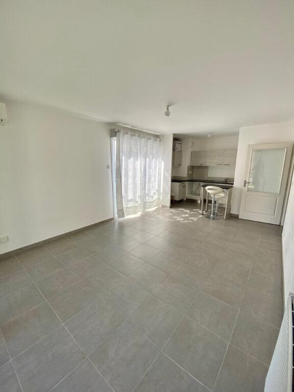 Appartement à louer 2 46.64m2 à Nice vignette-3