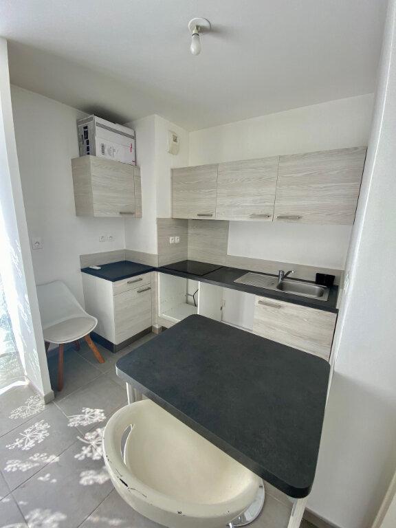 Appartement à louer 2 46.64m2 à Nice vignette-4