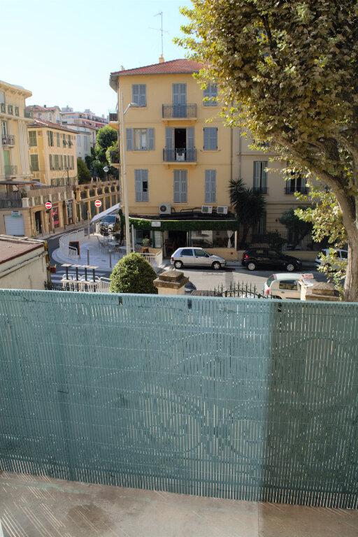Appartement à louer 2 45.88m2 à Nice vignette-3