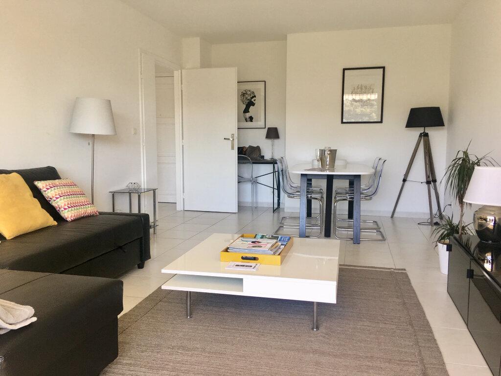 Appartement à louer 2 47.34m2 à Nice vignette-4