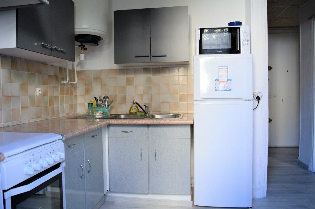 Appartement à louer 1 25.33m2 à Nice vignette-5