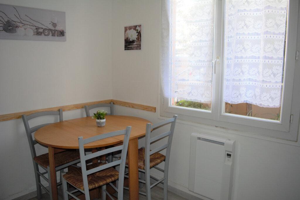 Appartement à louer 1 25.33m2 à Nice vignette-6