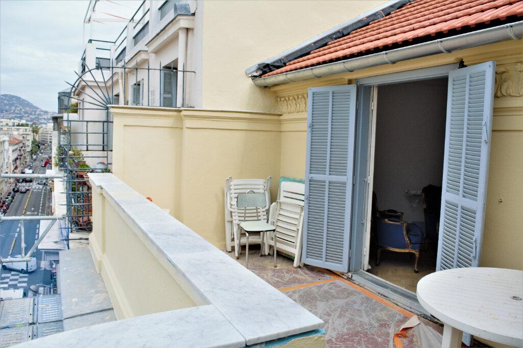 Appartement à louer 3 68m2 à Nice vignette-1