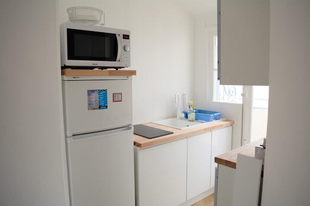 Appartement à louer 3 68m2 à Nice vignette-4