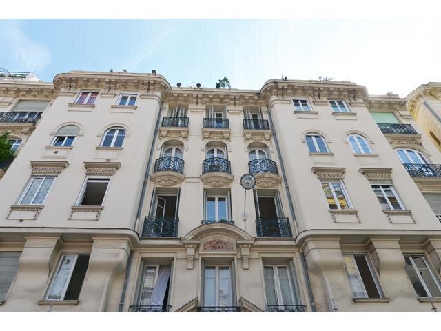 Appartement à louer 3 68m2 à Nice vignette-6