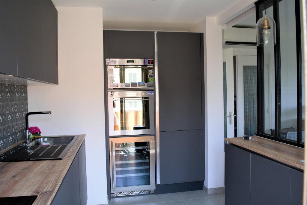 Appartement à louer 3 60m2 à Nice vignette-2