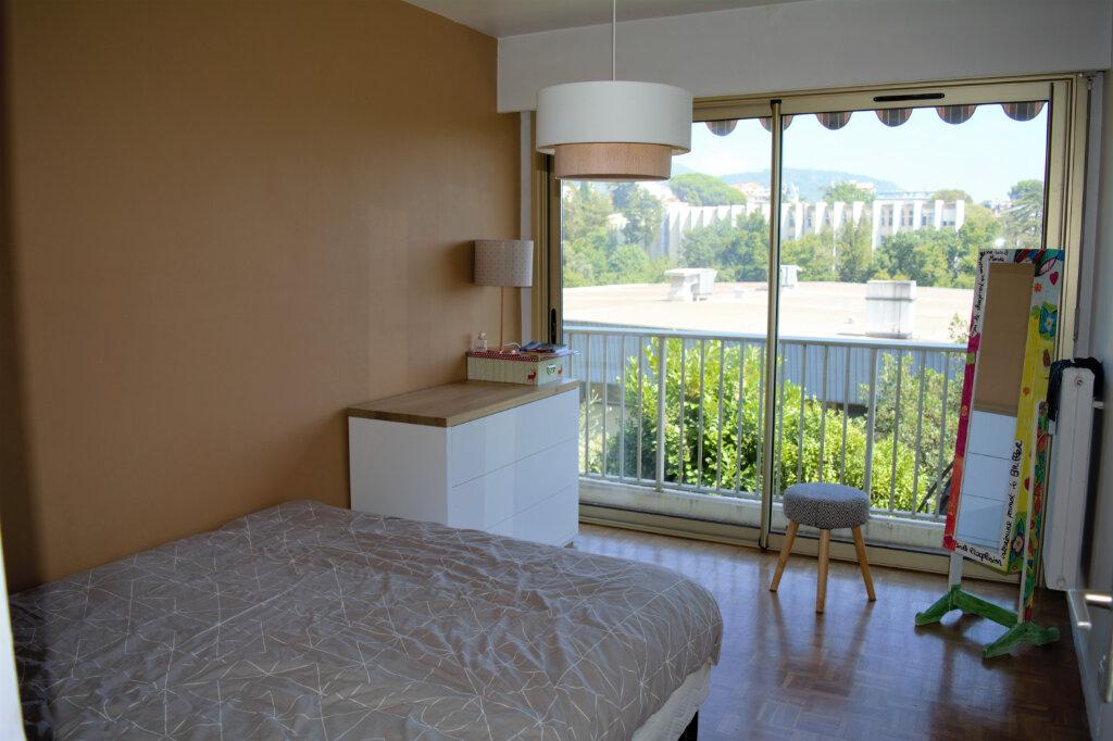Appartement à louer 3 60m2 à Nice vignette-7