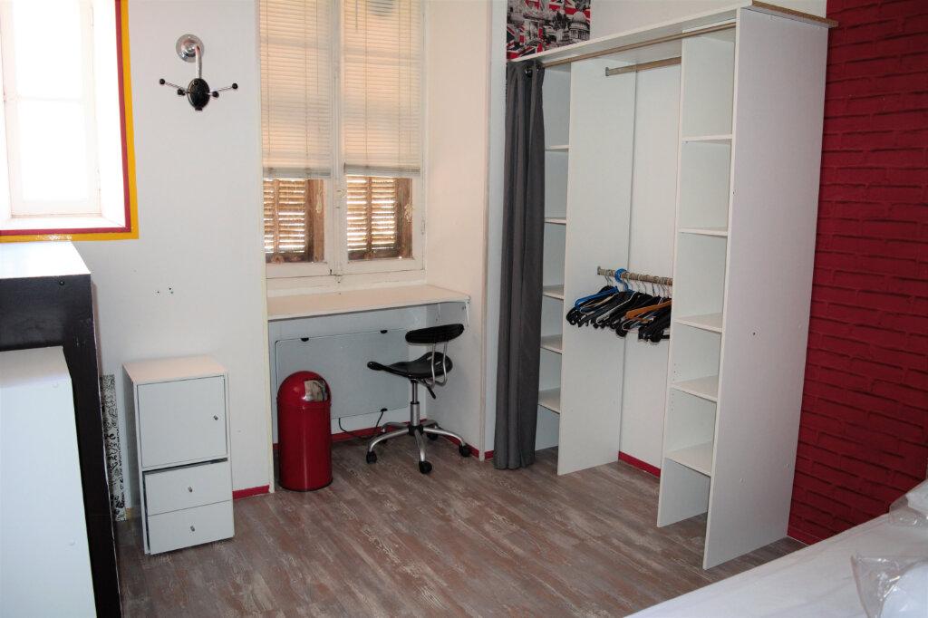 Appartement à louer 3 63.76m2 à Nice vignette-5