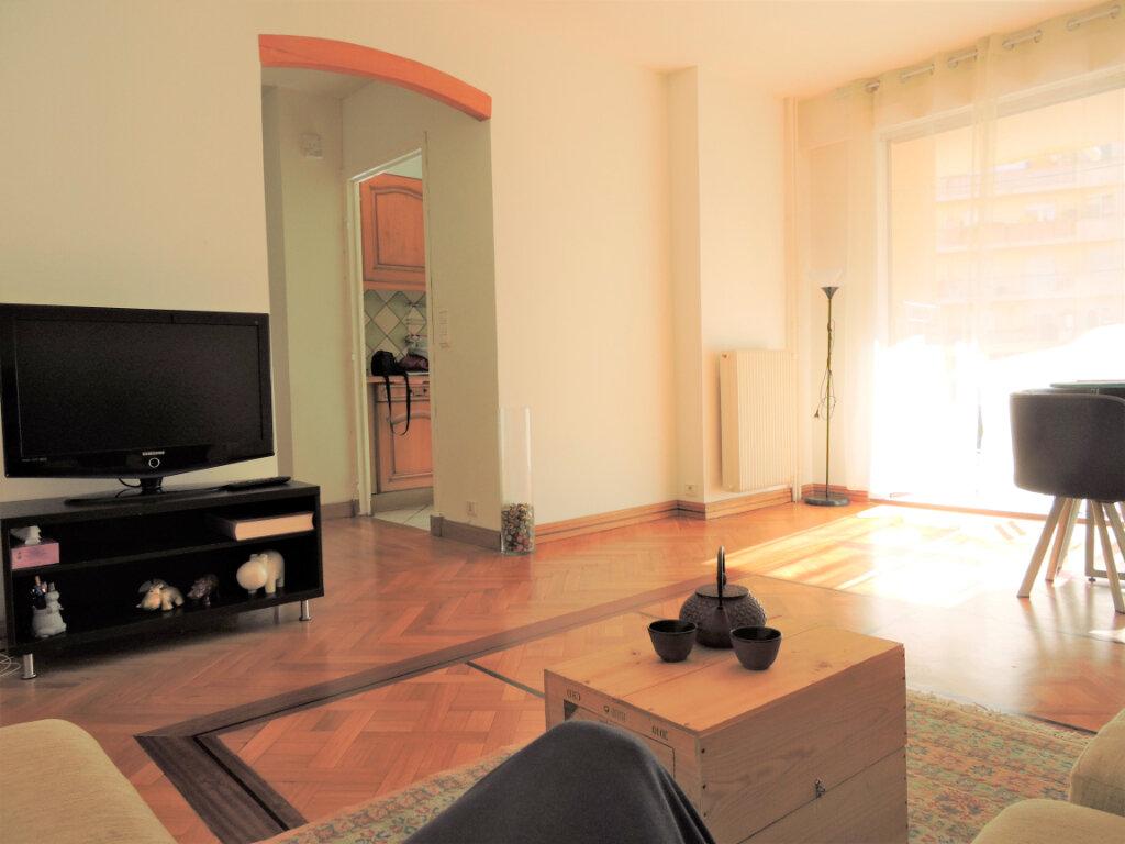 Appartement à vendre 3 63.57m2 à Nice vignette-2