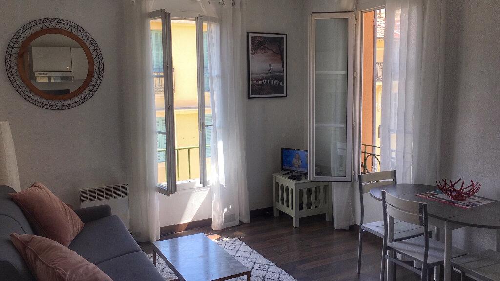 Appartement à louer 1 20.3m2 à Nice vignette-2