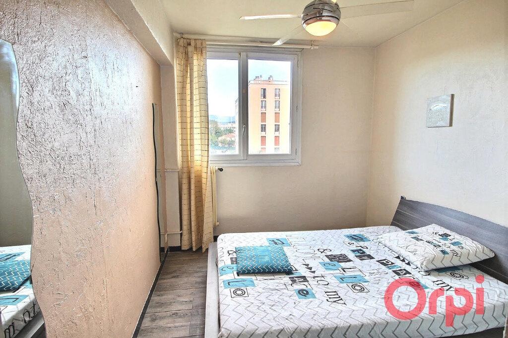 Appartement à vendre 3 78m2 à Marseille 11 vignette-4