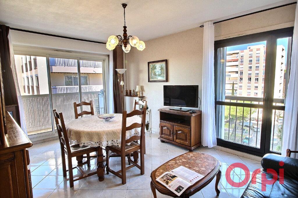 Appartement à vendre 5 90m2 à Marseille 10 vignette-2