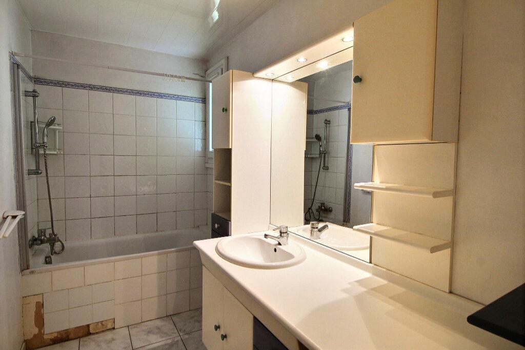 Appartement à vendre 3 70m2 à Marseille 10 vignette-6