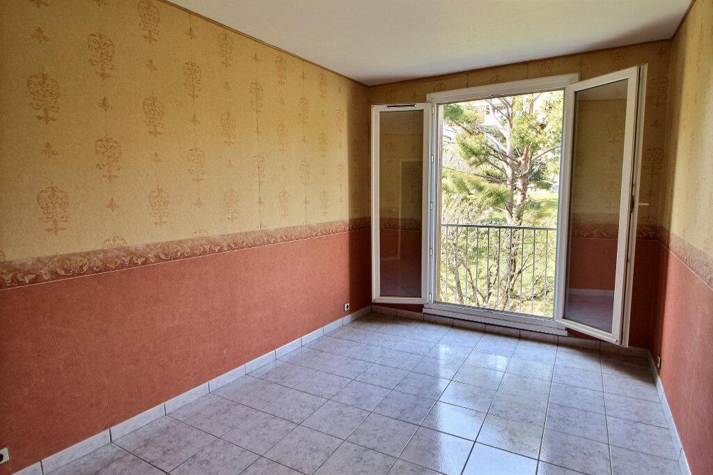 Appartement à vendre 3 70m2 à Marseille 10 vignette-7