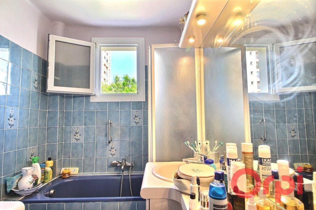 Appartement à vendre 4 65m2 à Marseille 9 vignette-5