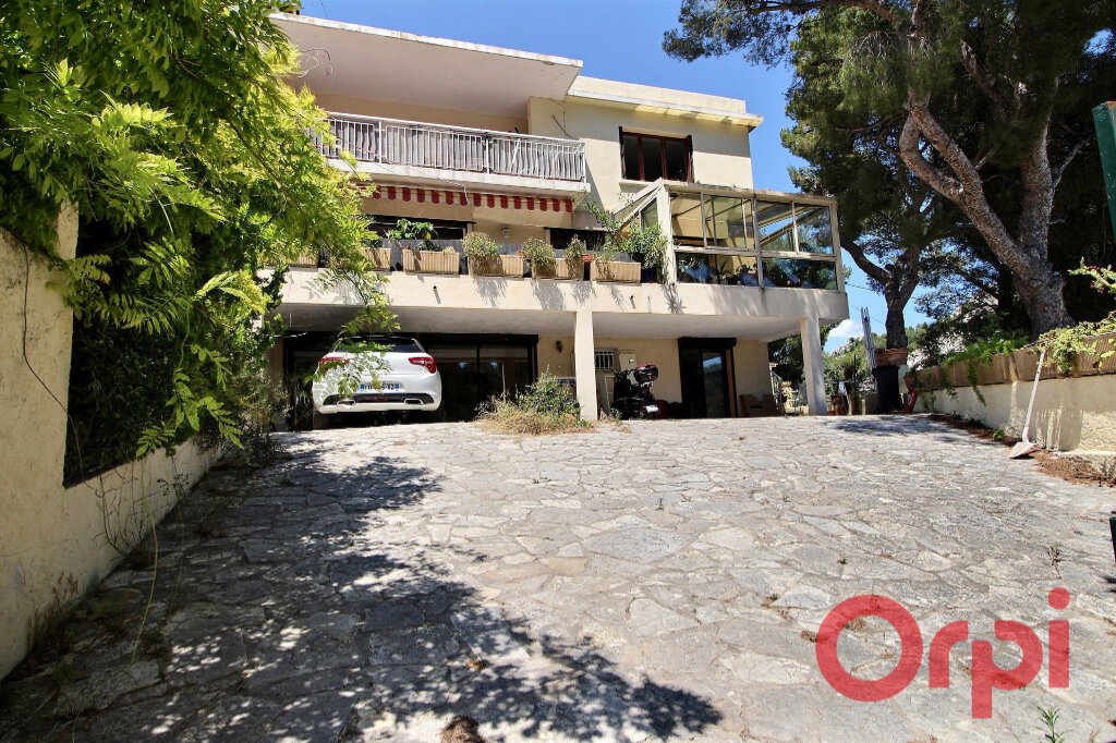 Maison à vendre 7 170m2 à Marseille 9 vignette-8
