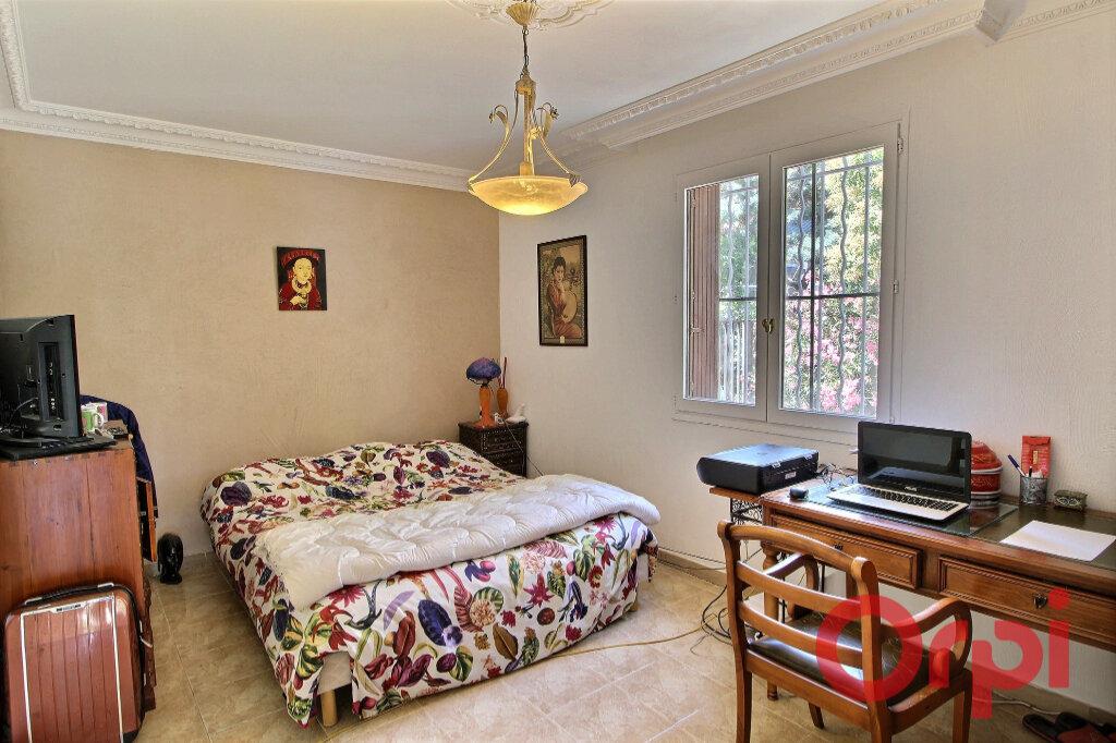Maison à vendre 7 170m2 à Marseille 9 vignette-9