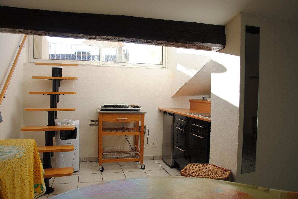 Appartement à louer 2 36m2 à Hyères vignette-2