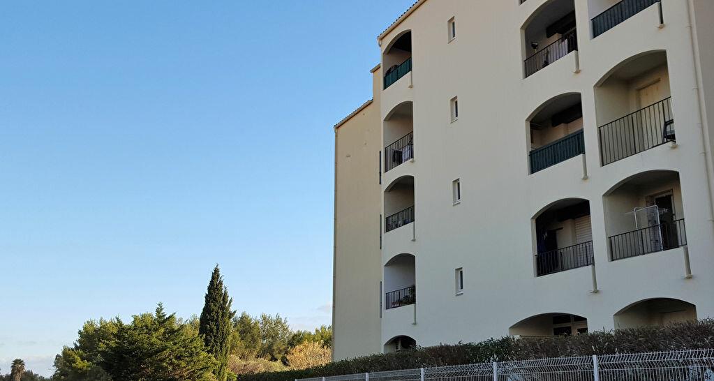 Appartement à louer 1 20.65m2 à Hyères vignette-1