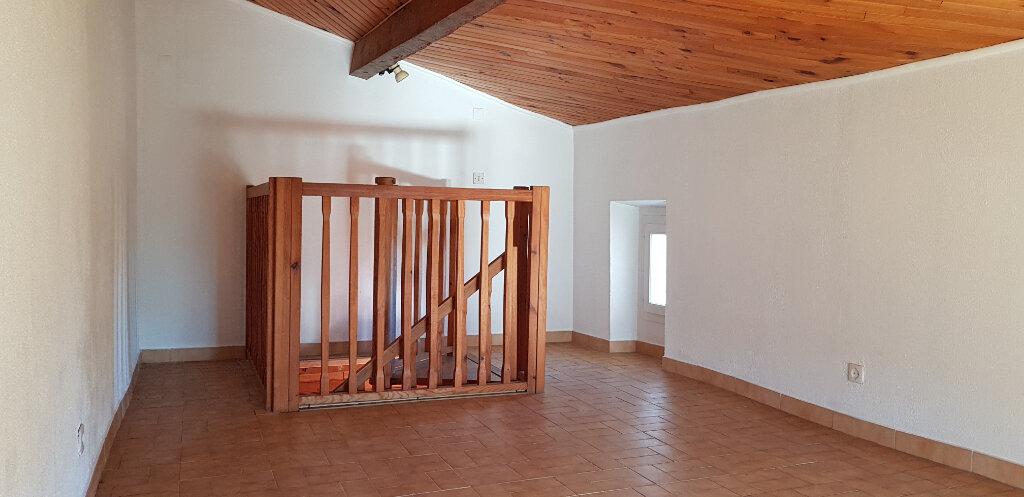 Appartement à louer 2 48m2 à Hyères vignette-2