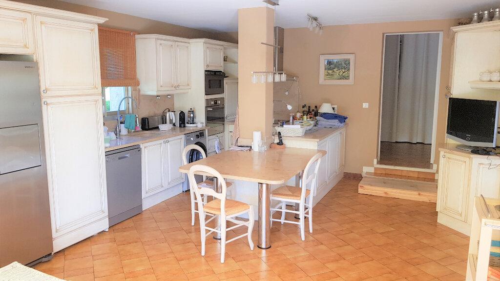 Maison à vendre 7 178.87m2 à Hyères vignette-9