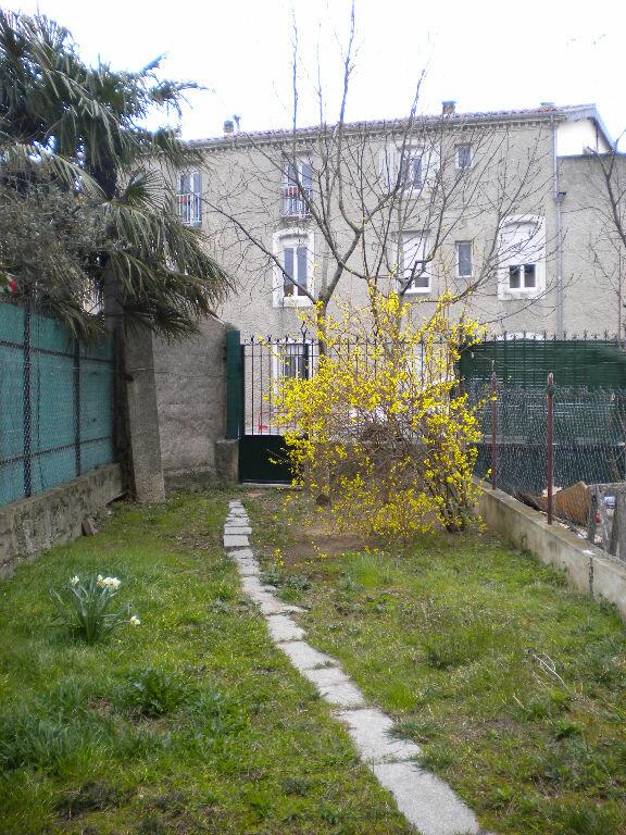 Appartement à louer 2 43m2 à Castres vignette-1