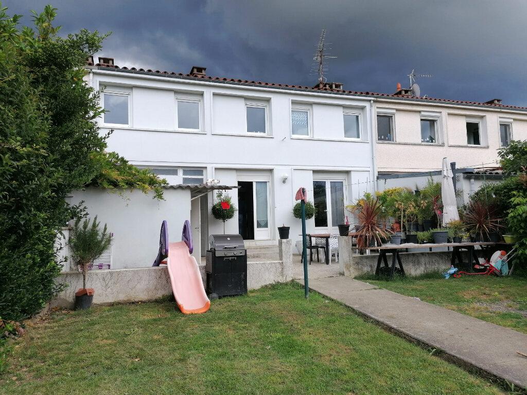Maison à louer 5 87m2 à Castres vignette-5