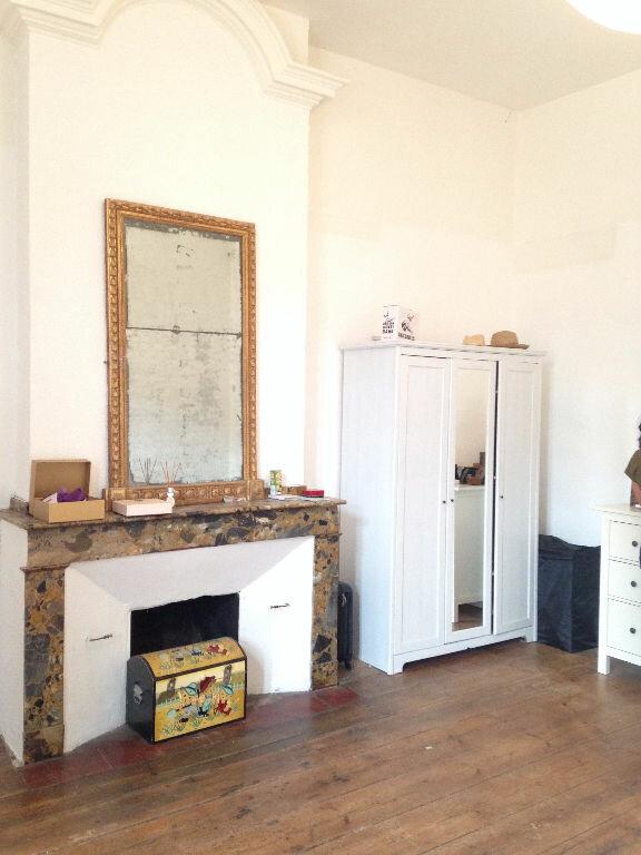 Appartement à louer 4 115m2 à Castres vignette-4