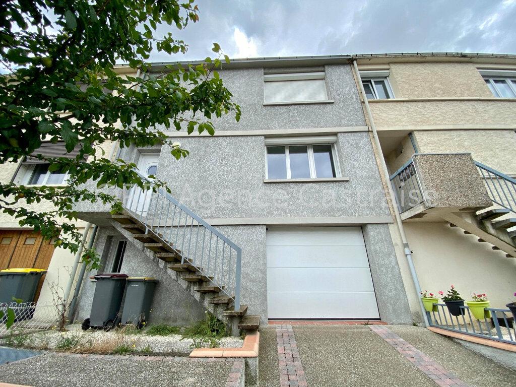 Maison à louer 4 119m2 à Castres vignette-1
