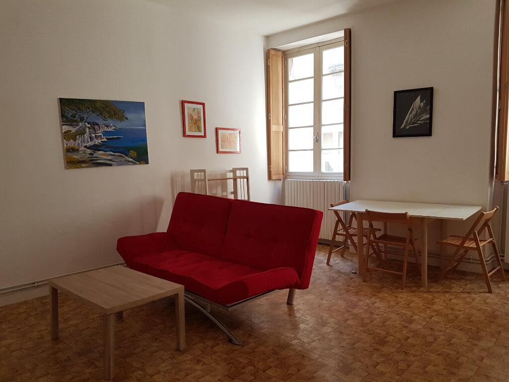 Appartement à louer 2 47m2 à Castres vignette-1