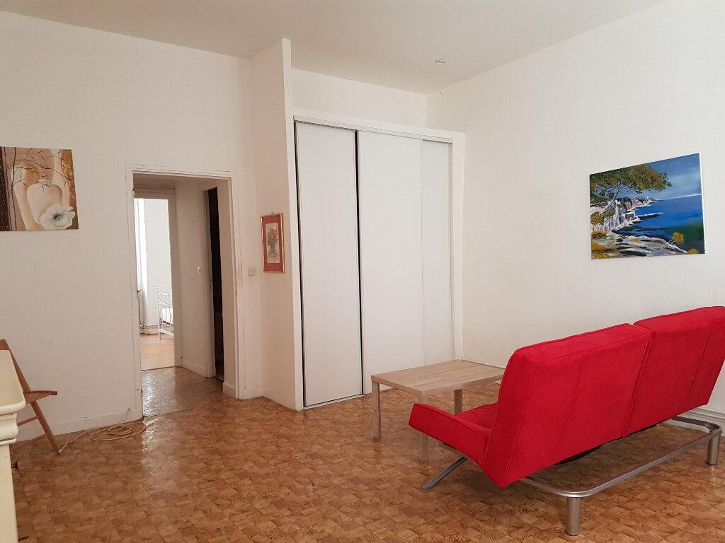 Appartement à louer 2 47m2 à Castres vignette-2
