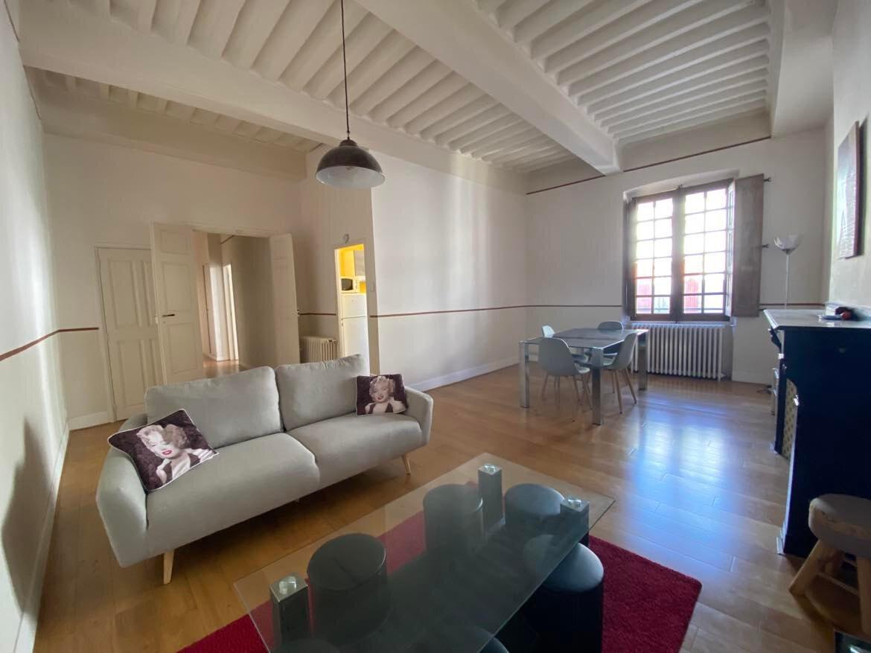 Appartement à louer 2 66m2 à Castres vignette-1