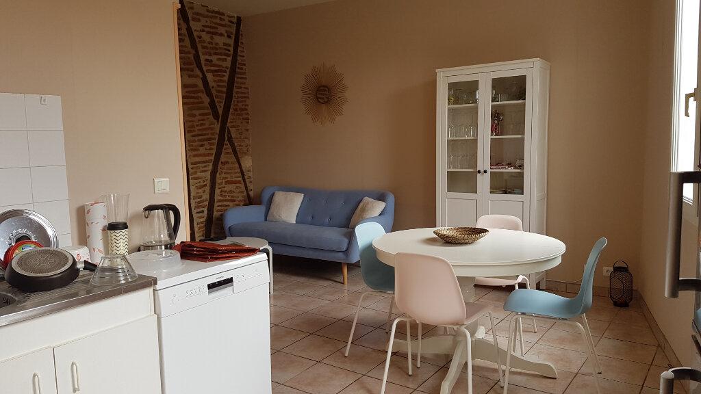Maison à louer 3 64m2 à Castres vignette-1