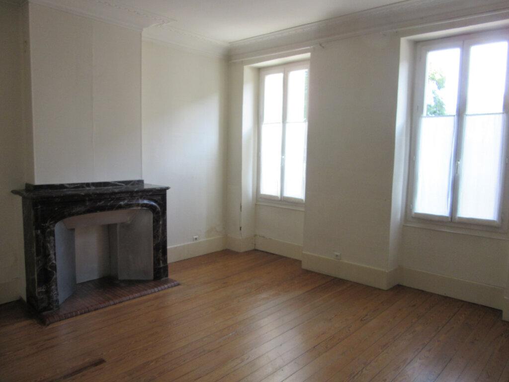 Maison à vendre 7 240m2 à Castres vignette-3