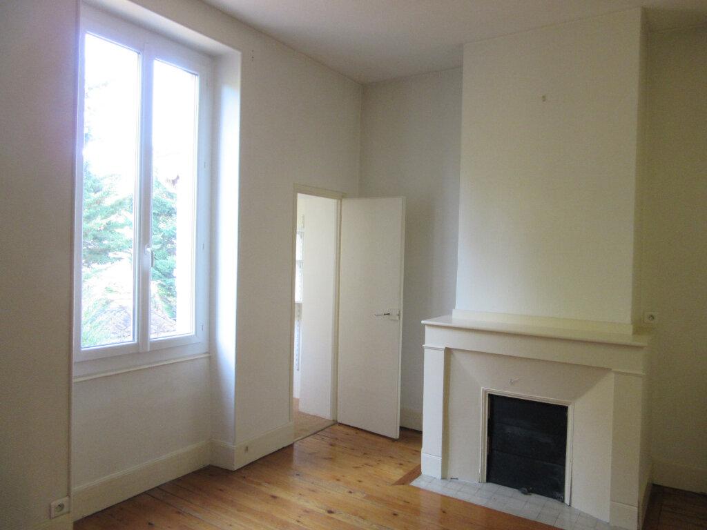 Maison à vendre 7 240m2 à Castres vignette-4