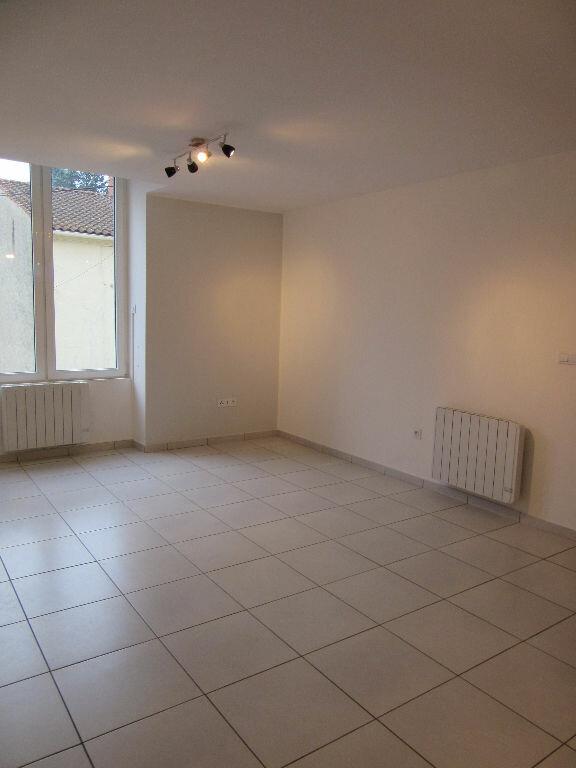 Appartement à louer 3 69m2 à Mazamet vignette-7