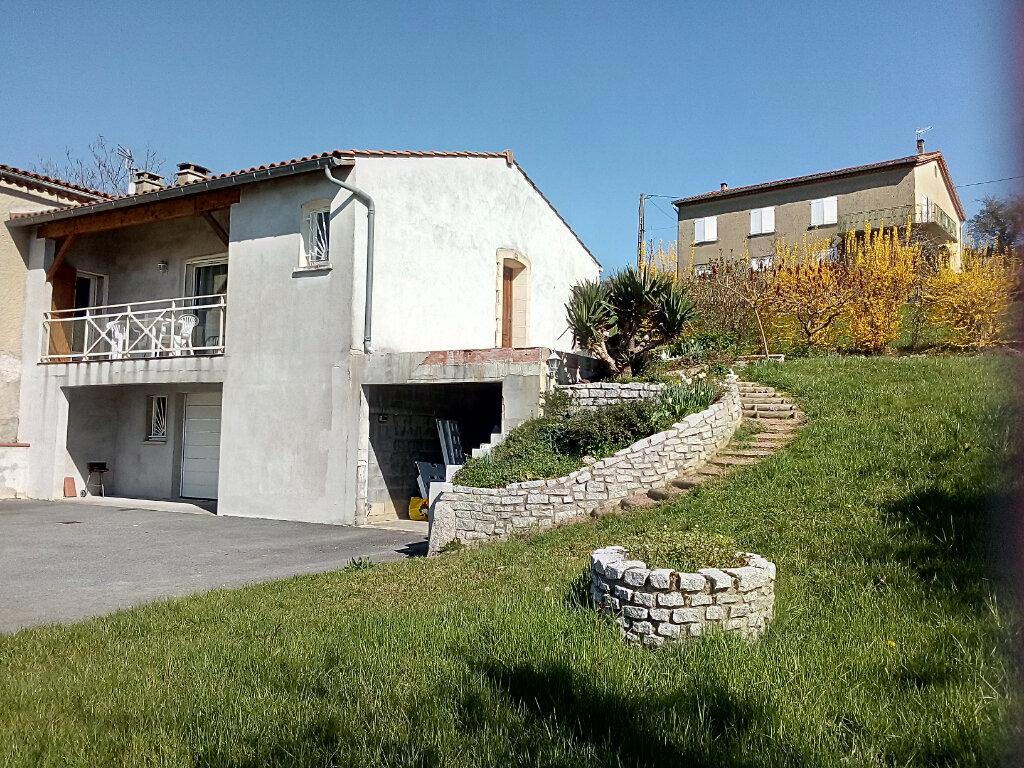 Maison à louer 5 137m2 à Lacrouzette vignette-1