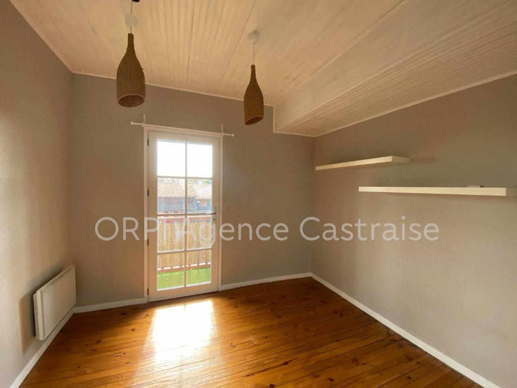 Appartement à louer 5 87.27m2 à Castres vignette-6