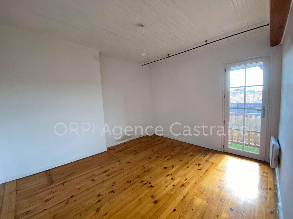 Appartement à louer 5 87.27m2 à Castres vignette-7