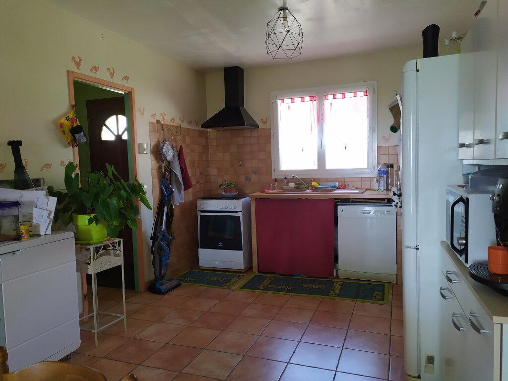 Maison à louer 5 92m2 à Lacrouzette vignette-3