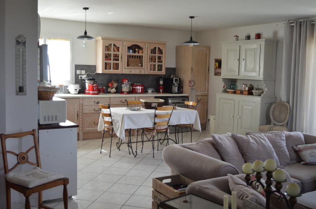 Maison à louer 5 138m2 à Labruguière vignette-2